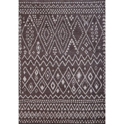 Devin Chocolate/Ivory Area Rug Rug Size: 79 x 106