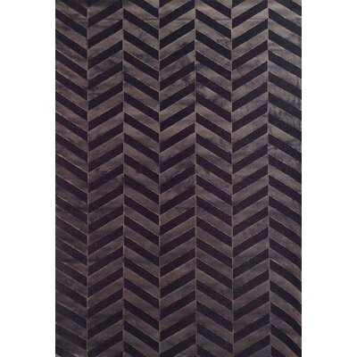 Teague Chocolate Area Rug Rug Size: 53 x 76
