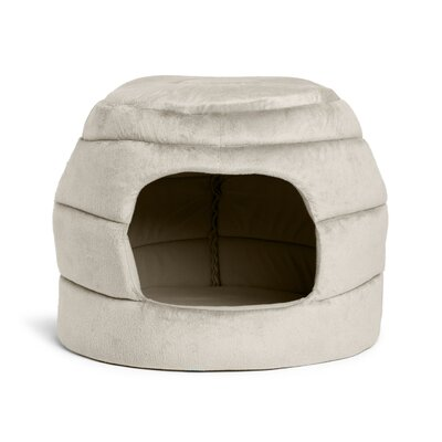 2-in-1 Honeycomb Hut-Cuddler Color: Silver