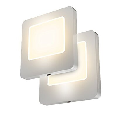 LED Night Light with Dusk to Dawn Sensor