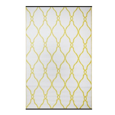 Premier Home Hand-Woven White/Yellow Indoor/Outdoor Area Rug