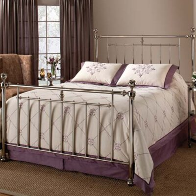 Holland Panel Bed Size: Queen