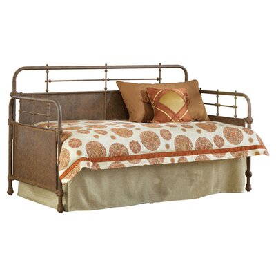 Kensington Daybed Finish: Old Rust, Accessories: Suspension Deck and Trundle