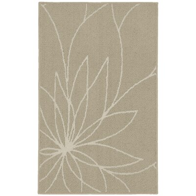 Grand Floral Tan/Ivory Area Rug Rug Size: 5 x 7