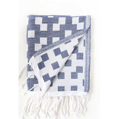 Hampton Fouta Bicolor Bath Sheet Color: Navy/White