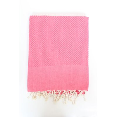 Veedersburg Solid Honeycomb Bath Towel Color: Fushia