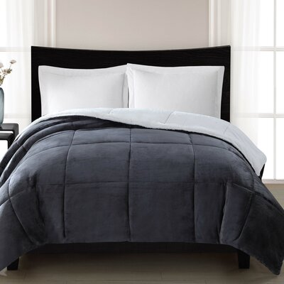 Supreme Heavyweight Comforter Size: Full / Queen, Color: Gray
