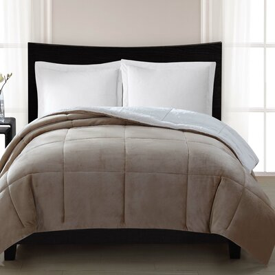 Supreme Heavyweight Comforter Size: Full / Queen, Color: Tan