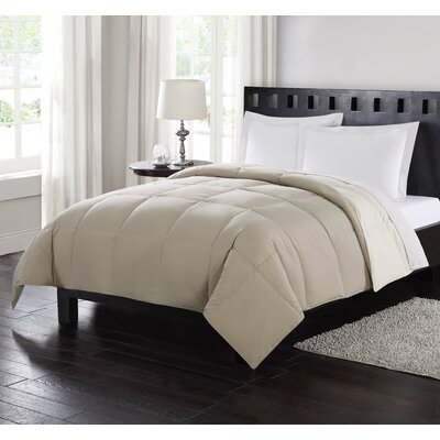 Reversible All Season Down Comforter Size: King, Color: Tan