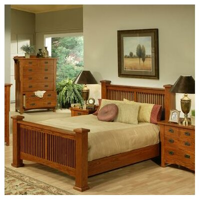 Heartland Manor Panel Bed Size: King