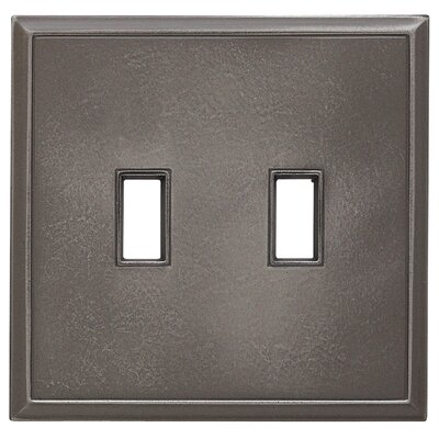 Classic Magnetic Double Toggle Wall Plate Finish: Classic Nickel Silver