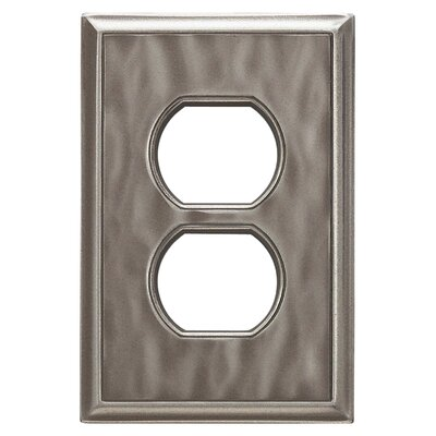 Classic Magnetic Single Duplex Wall Plate Finish: Water Classic Nickel Silver