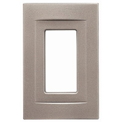 Single GFCI Magnetic Wall Plate Finish: Brushed Nickel