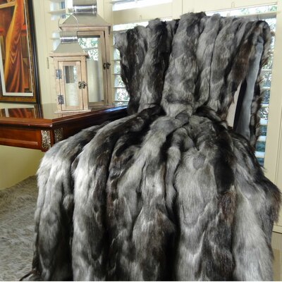 Brandy Fox Faux Acrylic Throw Size: Twin