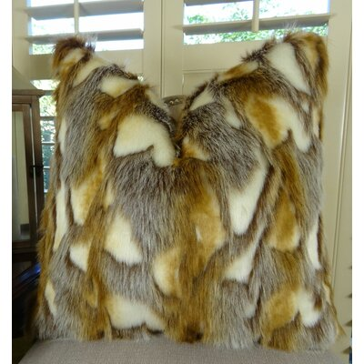 Brandy Fox Throw Size: 22 H x 22 W