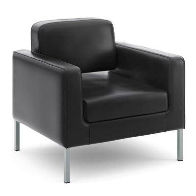 800 Series Lounge Chair