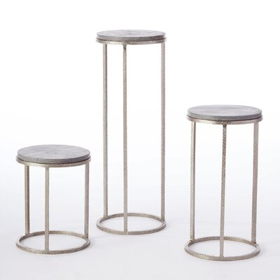 Wise Egg Pedestal End Table (Set of 3)
