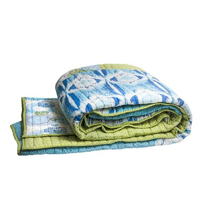 Medallion Coverlet Size: Twin, Color: Blue / Green