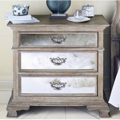 Campania Mirrored 3 Drawer Bachelor Chest
