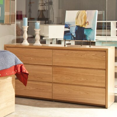 Thompson 6 Drawer Dresser Wood Veneer: Maple, Color: Washed