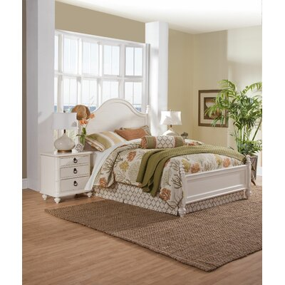 Woodheaven Panel Bed Size: King