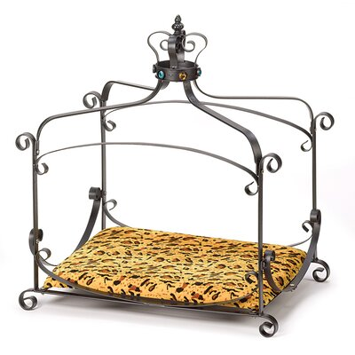 Caroline Regal Pet Bed