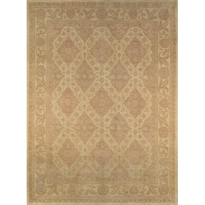 Ferehan Traditional Lambs Wool Area Rug