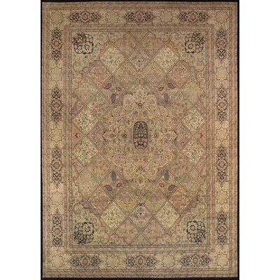 Tabriz Traditional Lambs Wool Area Rug