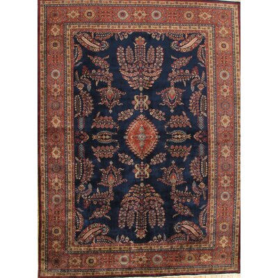 Sarouk Traditional Lambs Wool Area Rug