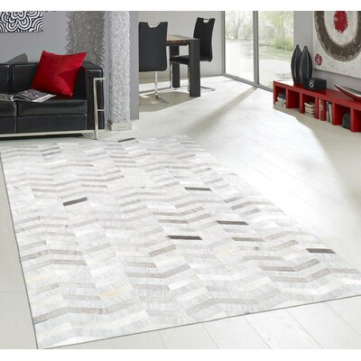 Hand-Loomed Area Rug Rug Size: Rectangle 2 x 3