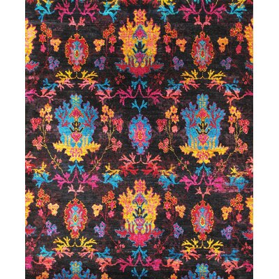 Elegance Ikat Sari Silk Hand-Knotted Pink/Black Area Rug