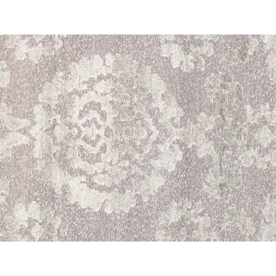 Transitional Hand-Knotted Gray Area Rug