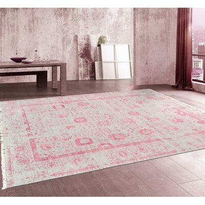 Pasargad Hand-Knotted Silk and Wool Gray/Pink Area Rug Rug Size: 99 x 1311