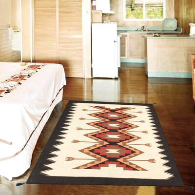Kilim Hand-Woven Wool Cream/Red Area Rug