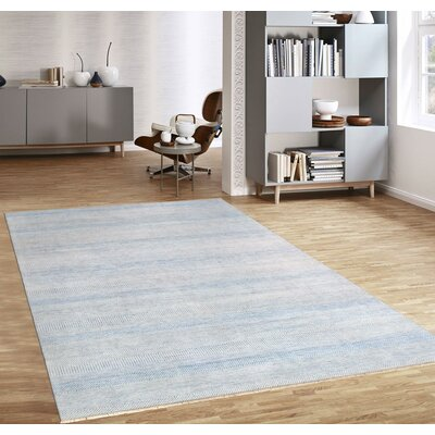 Transitional Hand-Knotted Rayon from Bamboo Silk and Wool Blue/Gray Area Rug
