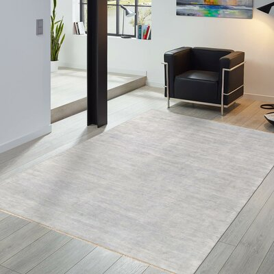 Transitional Hand-Knotted Silk and Wool Gray Area Rug