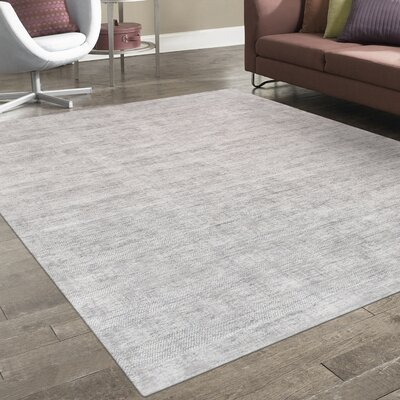 Transitiona Texture Hand Loomed Silk Silver Area Rug
