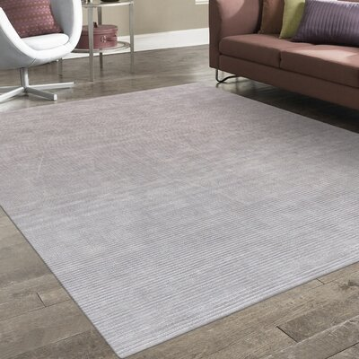 Transitiona Hand Loomed Silk Silver Area Rug