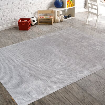 Transitiona Texture Hand Loomed Silk Gray Area Rug