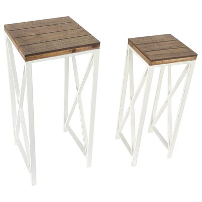Farmhouse 2 Piece Nesting Tables Set
