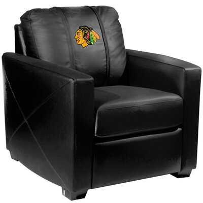 Xcalibur Club Chair NHL Team: Chicago Blackhawks