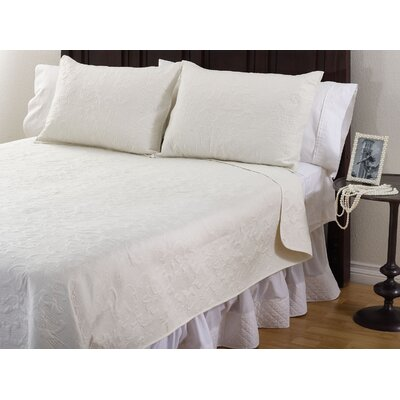 Ch�teau Orleans 3 Piece Quilt Set Color: Vanilla, Size: Queen