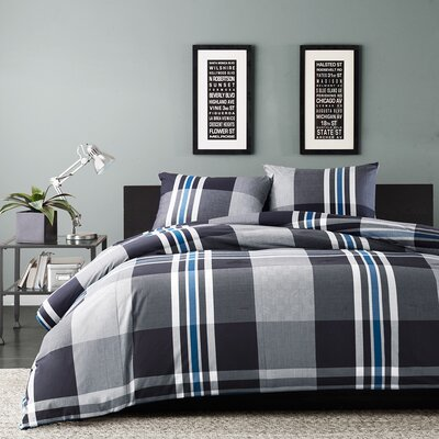 Nathan Reversible Comforter Set Size: Twin