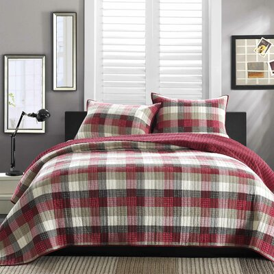 Maddox Reversible Quilt Set Size: Twin, Color: Red