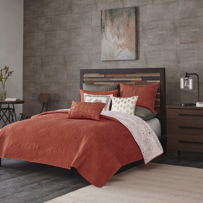 Kandula 3 Piece Coverlet Set Size: Full / Queen, Color: Coral