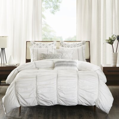 Reese 3 Piece Duvet Cover Set Size: Full/Queen, Color: White