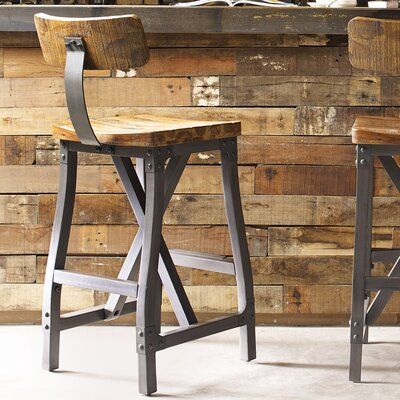 Caseareo Bar Stool