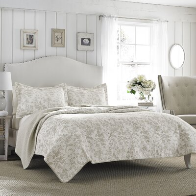 Laura Ashley Riley Quilt Set Size: Twin