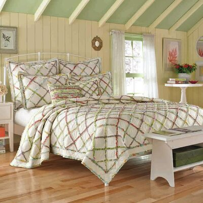 Ruffled Garden Cotton Reversible Quilt by Laura Ashley Home Size: Full / Queen