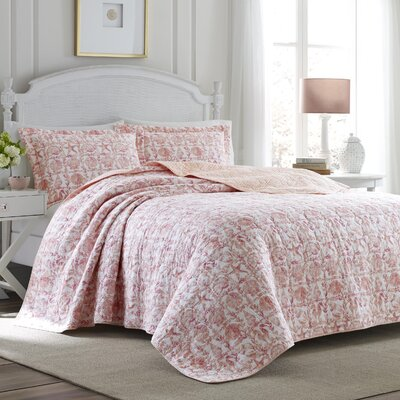 Bettina Beach Rose Cotton Reversible Quilt Set Size: Full/Queen